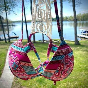 SHADE & SHORE ,Bikini Top — SO DARLING ! 34B, 🌸🌺